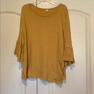 Old Navy Gold 3/4 sleeve bell sleeve.